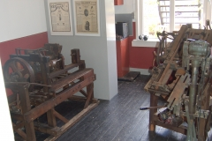 Oude machines klompenmuseum