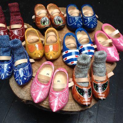Children's wooden clogs (shoe sizes 22-35)